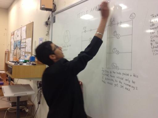 Kieret explaining how V=IR works in practice.