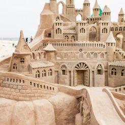 a5b28c8e28fd9b9e7ff6eed8a0ec5183--ice-sculptures-sand-art